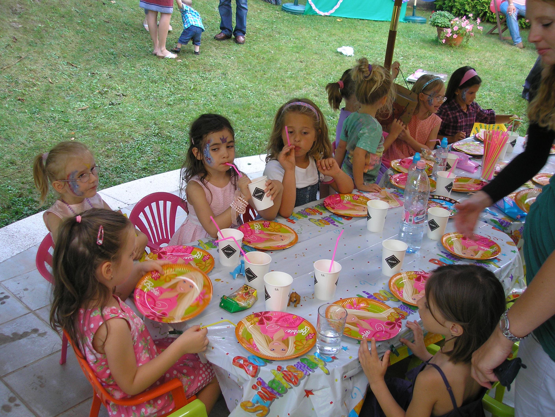 születésnapi gyerekzsúr Két kolibri   gyerekzsúr, születésnapi zsúr, meglepetésparty  születésnapi gyerekzsúr