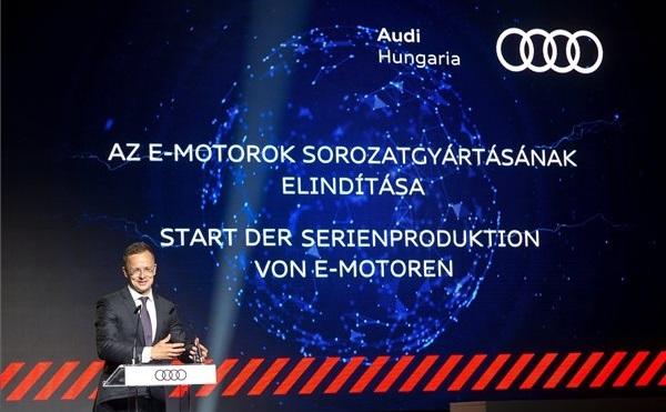 Elektromos motorok gyártásába kezd az Audi