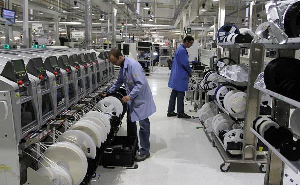 Új gyártócsarnokot adott át Tiszaújvárosban a Jabil