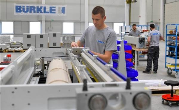 Átadták a német Bürkle cég debreceni gépgyártó üzemét
