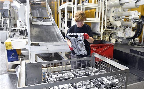 Felavatták a francia GMD Group gyárát Dorogon